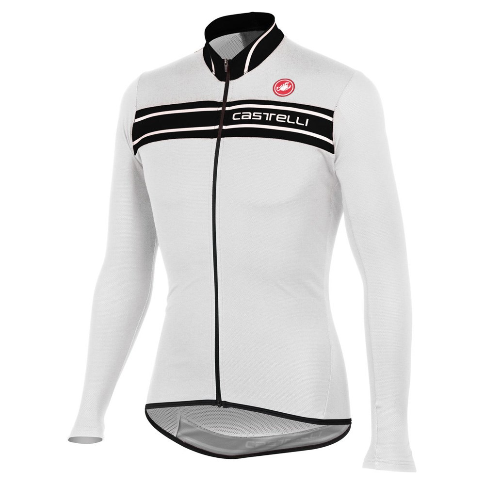 The dhb Aeron Speed jersey offers a slim-fitting race cut, lightweight technical fabrics and some cool colourways at a competitive price point – it's a winner all-round.